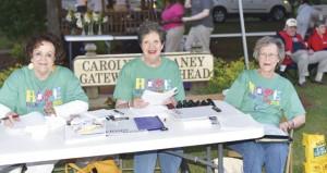 Holley Cochran / The Prentiss Headlight—Relay committee volunteers