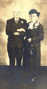 The Prentiss Headlight / John Adam Faler & wife Dora on their 50th anniversary.